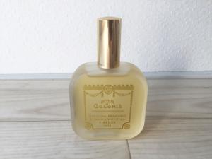 サンタマリアノヴェッラ 香水 正面