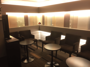 メンズTBC 新宿本店 待合室